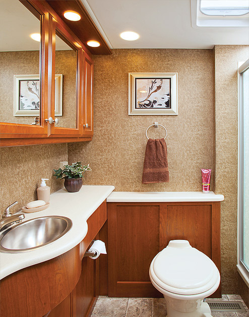 Welcome to rvusa 39 s for 2 bathroom class a rv